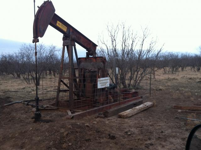 TX_oil_well.JPG